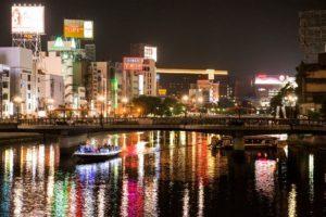 夜の博多中洲