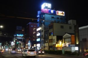 夜の横浜曙町