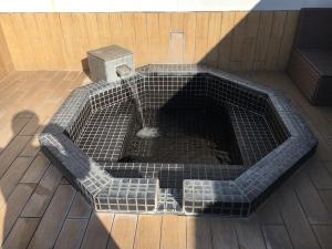 沼津のラブホテルのラグナリゾートの露天風呂