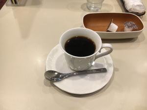 新宿歌舞伎町のルノアールのコーヒー