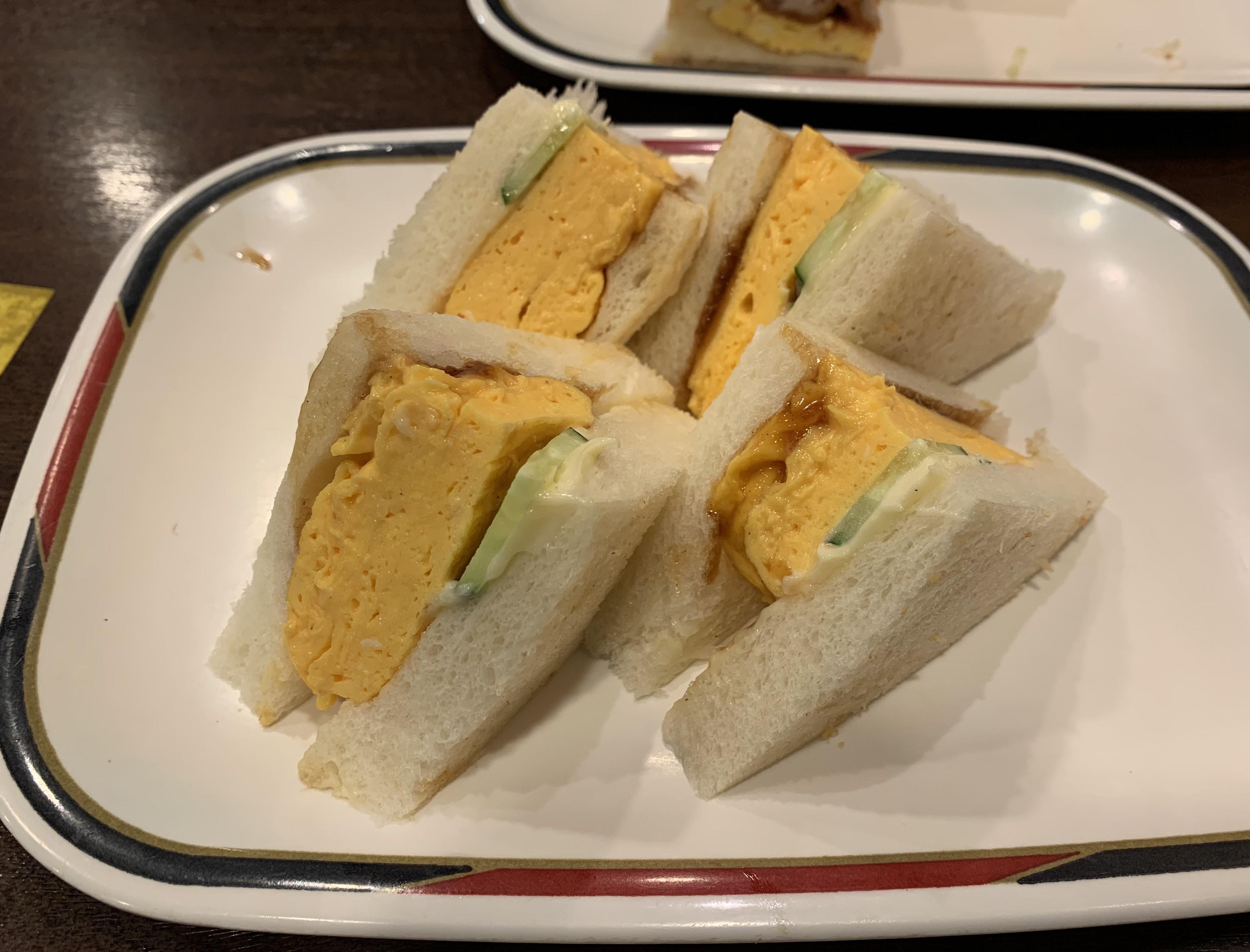 名古屋の喫茶店コンパルの名古屋コーチンたまごサンド