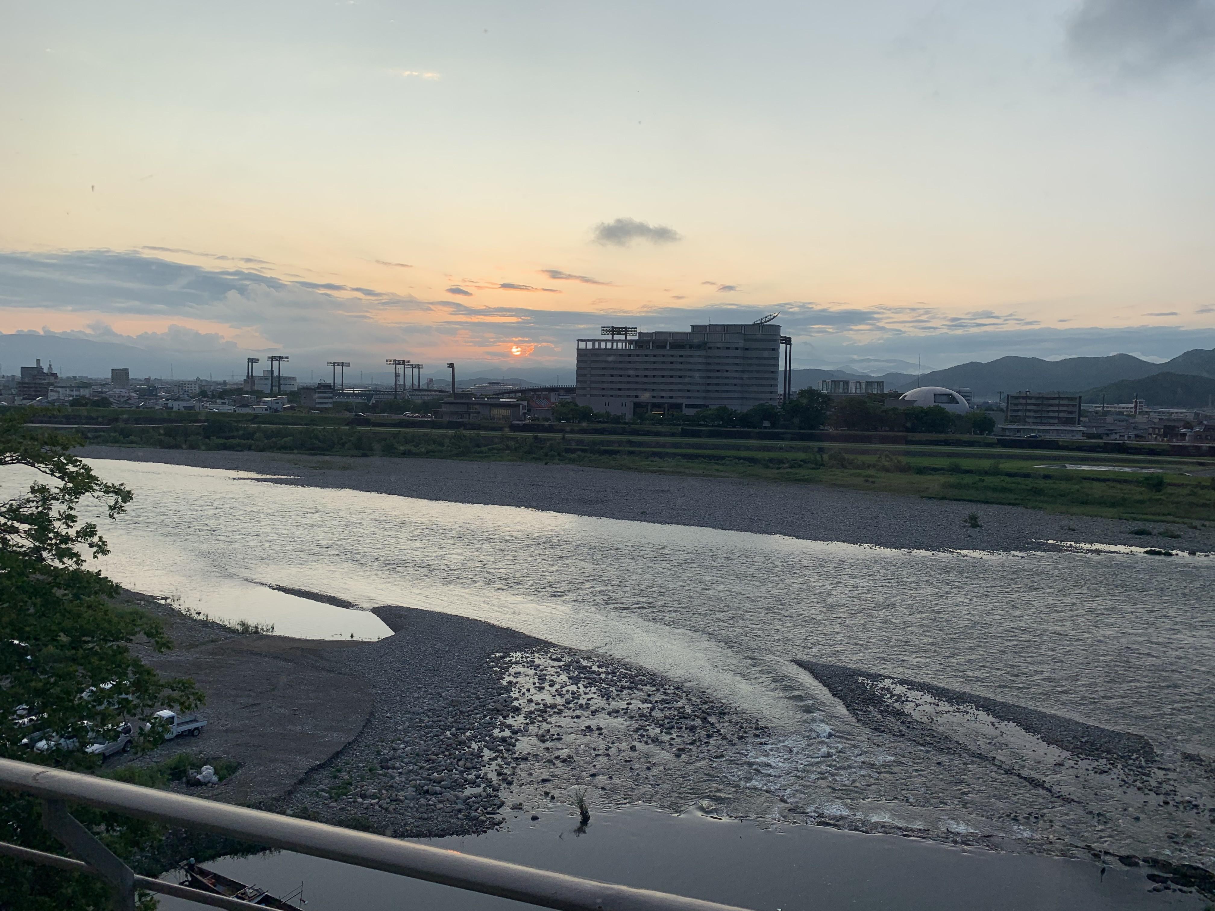 岐阜長良川温泉の旅館十八楼の景色