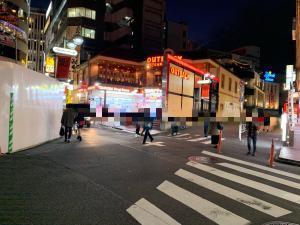 ハロウィン当日の渋谷のセンター街の画像
