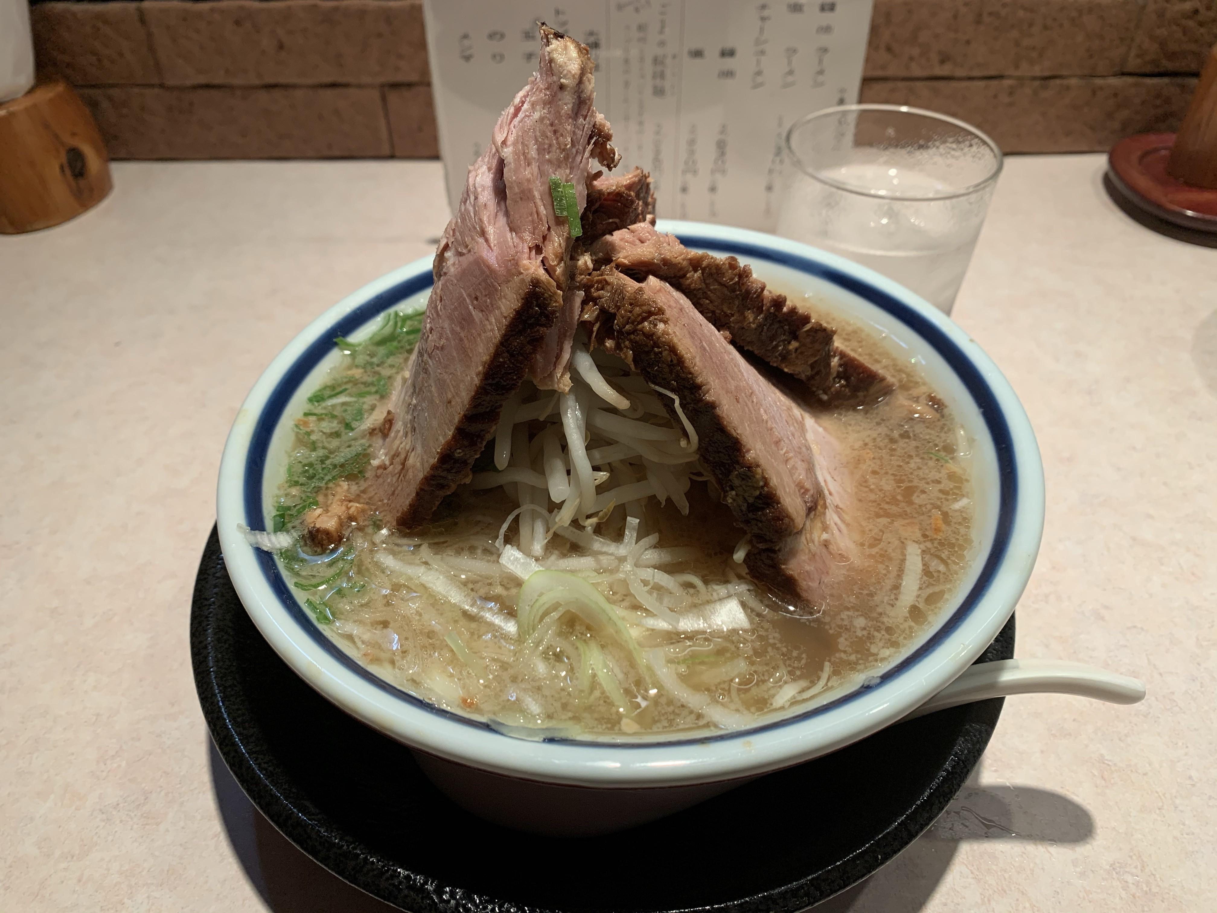 西日暮里にある神名備の塩チャーシュー麺の画像