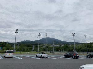 新富士のパーキングエリアの画像