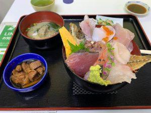 魚市場食堂の小田原丼の画像
